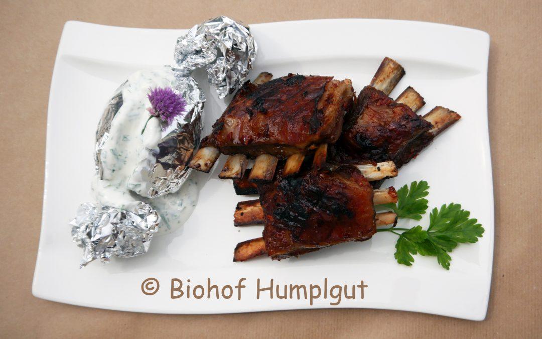 Gegrillte Lammripperl mit Barbecuemarinade
